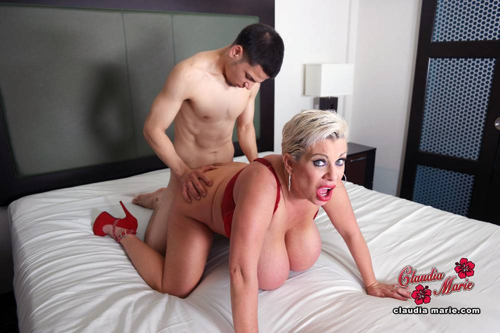 Babe today mikes apartment klaudia hot latest skirt free porn mobile porn pics